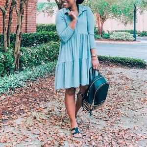 Forever 21 Tiered Gray Dress, Size Small 👗